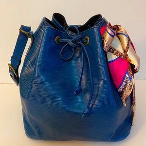 Louis Vuitton Petit Noe Epi Blue  Shoulder Bag